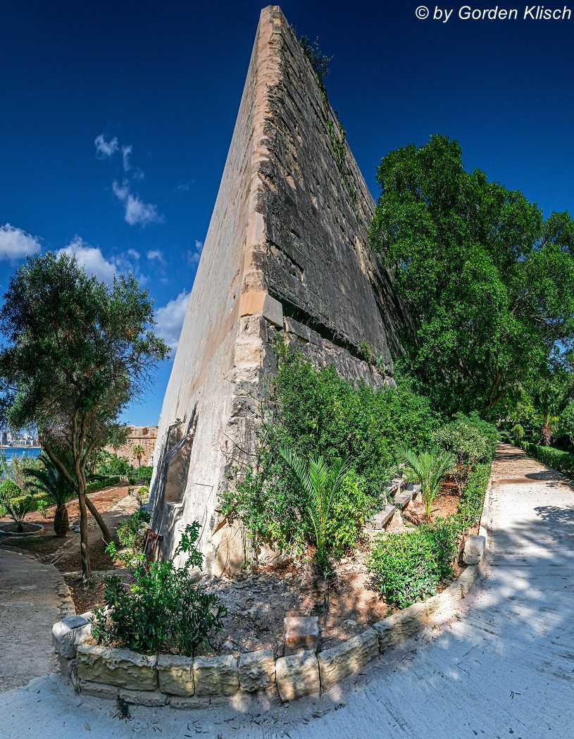 City Wall Dive Vision Malta ©Gorden Klisch